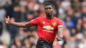 Robin van Persie sends message to Paul Pogba