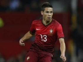Arsenal keen on Raphael Guerreiro
