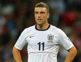 Rickie Lambert joins Liverpool