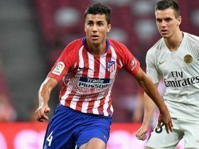 Manchester United to compete with Manchester City for Atletico Madrid midfielder?