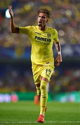United and Arsenal chase Villarreal star