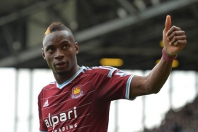 West Ham to offer new deal to Diafra Sakho