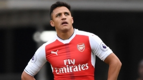 Arsene Wenger insists Sanchez is not fat