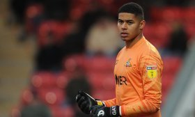 Arsenal lining up move for Championship goalkeeper?
