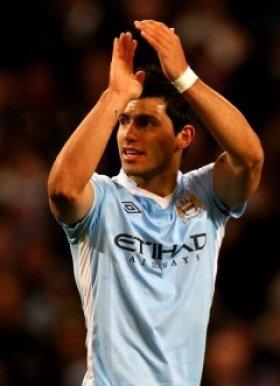 Aguero insists Man City title challenge still on