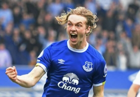 Chelsea eyeing surprise deal for Tom Davies