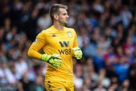 Manchester United looking to sign their former goalkeeper?