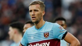 Manchester United to swoop for West Ham midfielder?