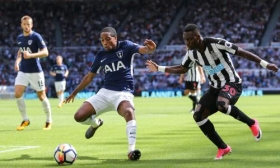 Kyle  Walker-Peters in line for new Tottenham deal