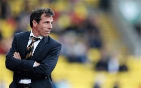 Chelsea legend in running for Swansea job