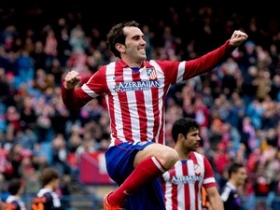 Man Utd to pursue Diego Godin