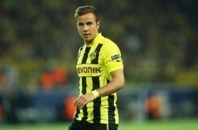 Tottenham manager Jose Mourinho wants to sign Dortmund ace