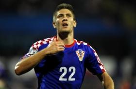 Chelsea close in on Croatian striker
