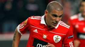 Liverpool want Benfica defender