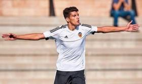 Real Madrid target Rafa Mir