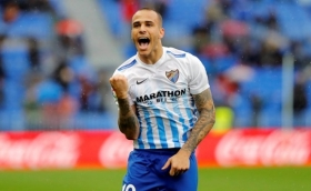 Everton complete the signing of Sandro Ramirez