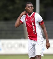 Chelsea monitoring Ajax youngster Ryan Gravenberch