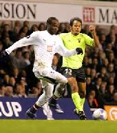 Chimbonda to leave Spurs