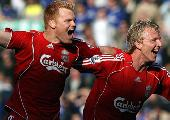 Kuyt: lucky not to be sent off