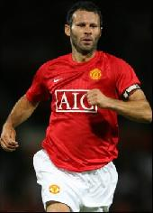 Giggs to get Man Utd contract