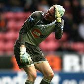 Sunderland chase Chris Kirkland