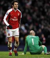 Arsenal reject Fabregas bid