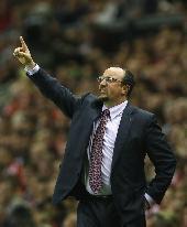 Rafa rules out Liverpool panic buys
