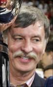 Arsenal to let Kroenke on board