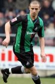 Reading to sign Swansea midfielder